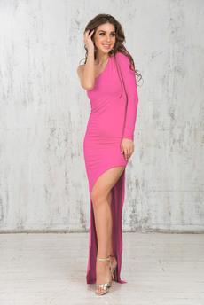 Розовое платье с асимметричным кроем Mondigo